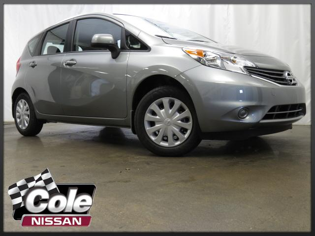 2014 Nissan Versa 5dr HB Manual 1.6 S